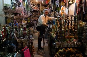 Wasserpfeifenhändler in Shiraz